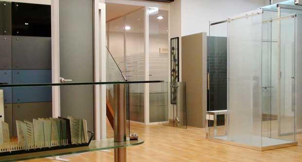 Puertas y barandillas de cristal